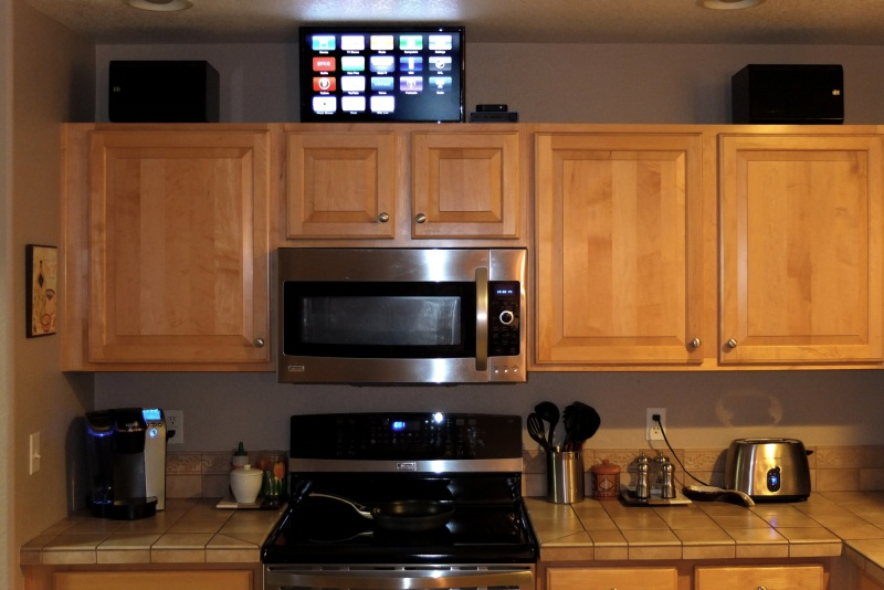 Kitchen audio system based on apple tv pics abecollins for Kitchen setup